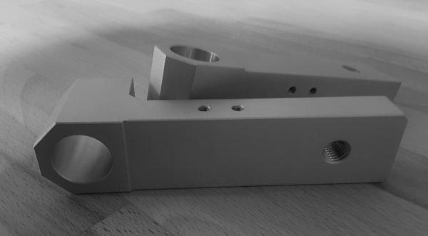 CNC-Zerspanung kubischer Frästeile bis 700 x 500 x 500mm